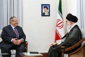 Iraqi President Jalal Talabani meets with Supreme Leader Ali Khamenei.  Credit:www.leader.ir